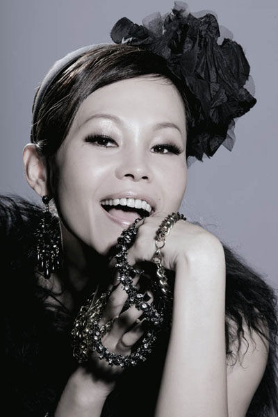 Julia Peng [彭佳慧] - Discography [17 Albums] (1996-2015)